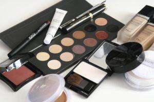 cosmetici: reazione allergica viso